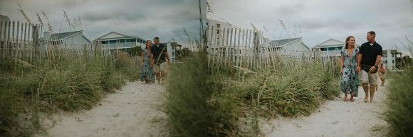 couple at the beach photographer
