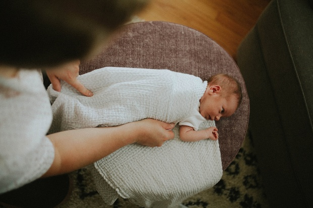 Adri de la cruz chicago and west suburbs best newborn photographer (5)