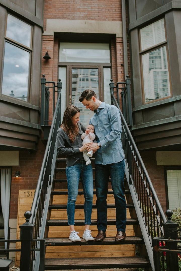 Front porch session | Davison Family, Downtown Chicago session